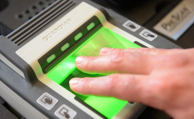 thủ tục xin visa đi ý - dấu vân tay