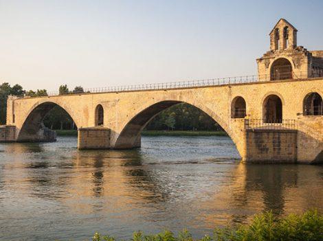 8 địa điểm du lịch nổi tiếng nhất tại Avignon