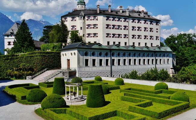 du lịch innsbruck - cung điện ambras