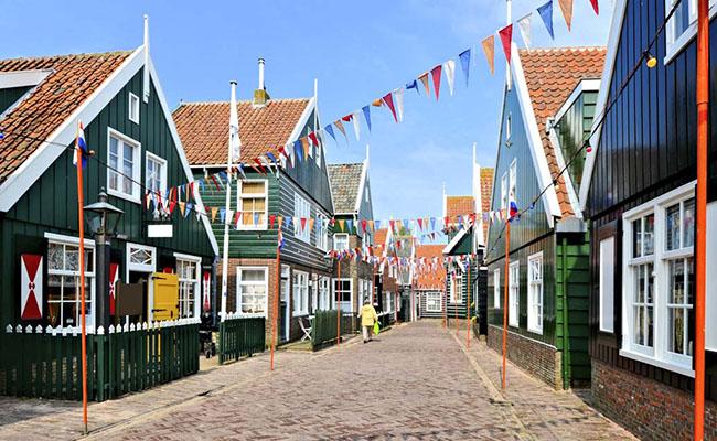 Khám phá làng Marken ngôi làng cổ tích của Hà Lan