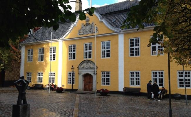 du lịch aalborg- tòa thị chính