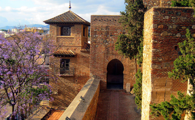 du lịch malaga - lâu đài