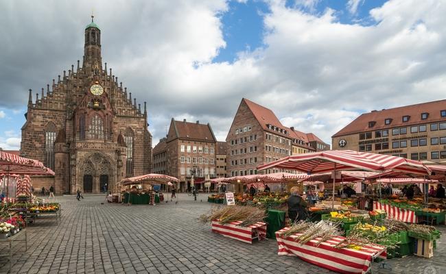du lịch Nuremberg - Hauptmarkt