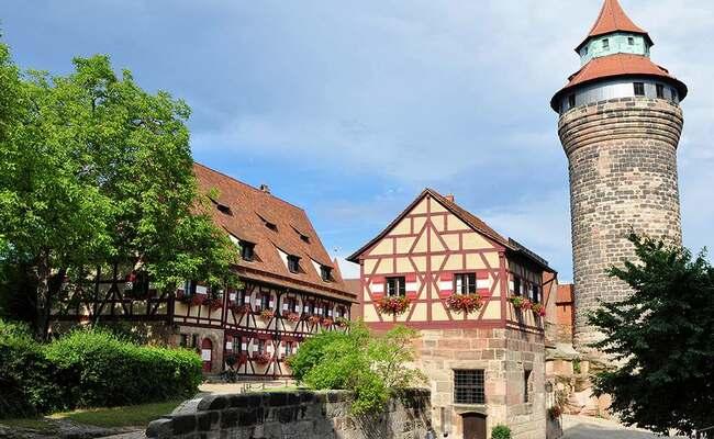 du lịch Nuremberg - lâu đài nuremberg