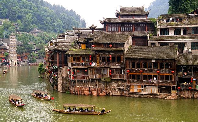 Phố cổ Fenghuang, Trung Quốc