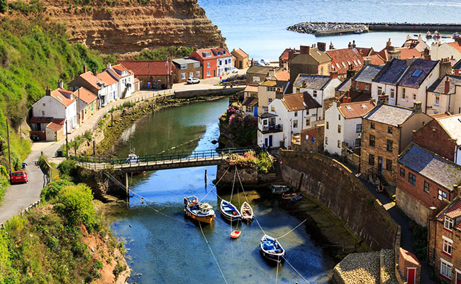 Làng Staithes, Anh