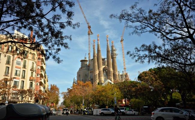 tháng 12  nên đi du lịch nước nào - Barcelona