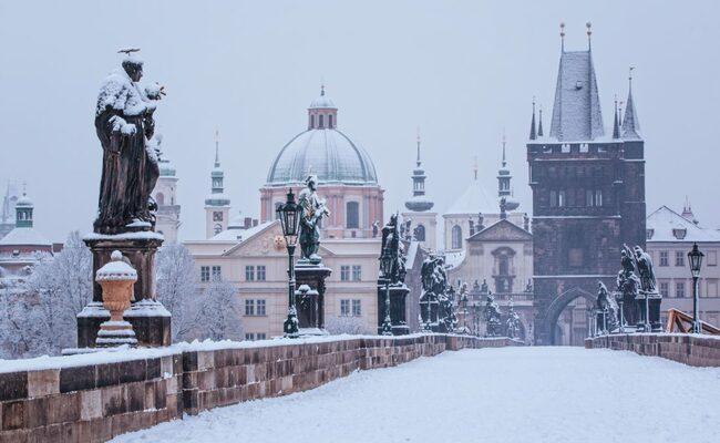 tháng 12 nên đi du lịch nước nào - Prague