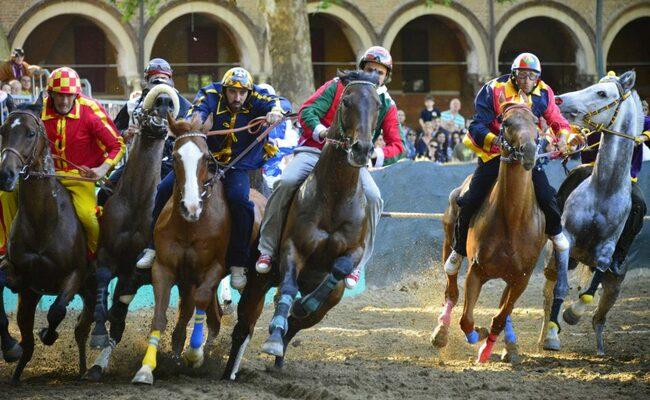nước ý - lễ hội đua ngựa palio di ferrara