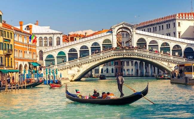thuyền gondola