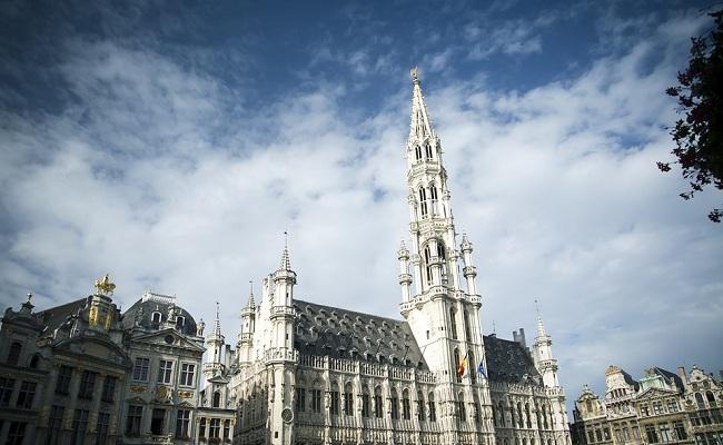 tòa thị chính brussels - phương tiện công cộng