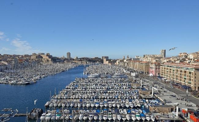 khu cảng cổ vieux-port