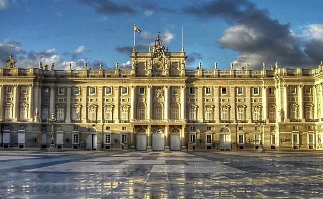 cung điện hoàng gia madrid