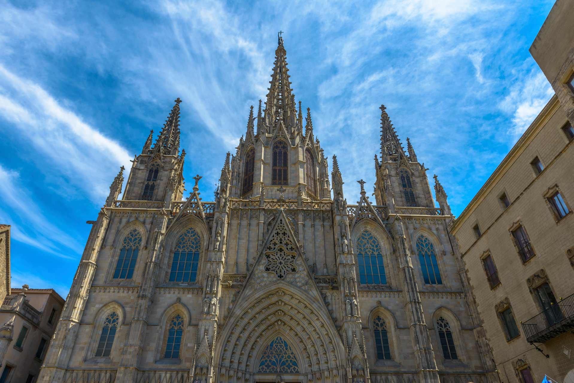 Trót phải lòng nhà thờ Barcelona Cathedral ở Tây Ban Nha