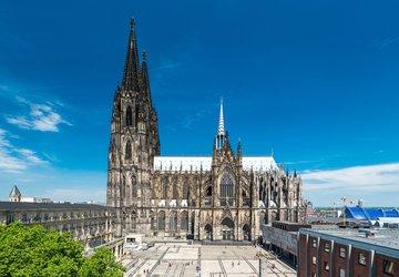 Nhà thờ Dom