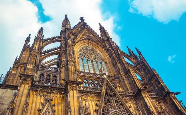 nhà thờ Dom - vẻ đẹp ngoại thất
