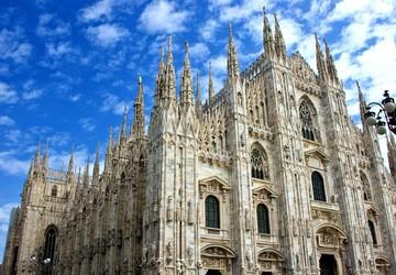 """Ghé thăm nhà thờ """"Il Duomo"""" đẹp ngỡ ngàng và lộng lẫy"""