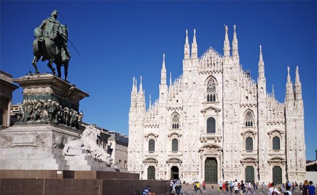 nhà thờ Il Duomo - mặt tiền