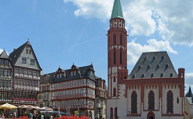 quảng trường romerberg - nhà thờ