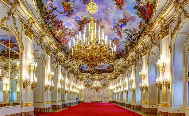 nội thất cung điện mùa hè Schönbrunn