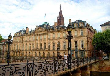 cung điện palais rohan