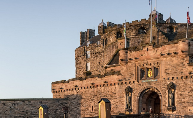 kiến trúc lâu đài Edinburgh