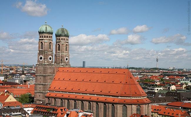 nhà thờ frauenkirche - kiến trúc