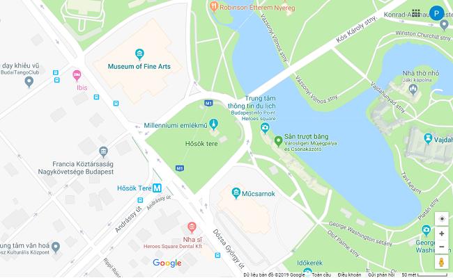 quảng trường anh hùng heroes square nằm ở đâu
