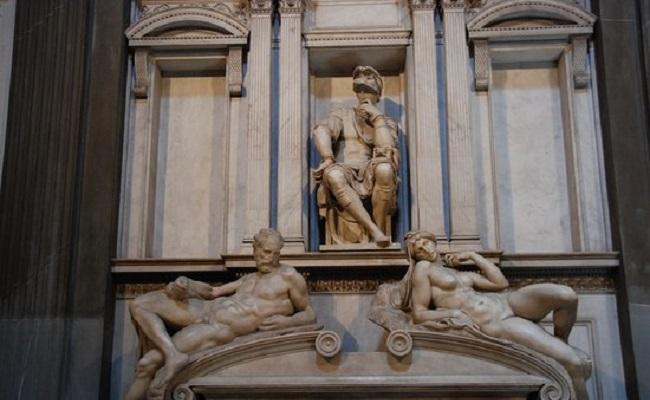 bức điêu khắc Bình Minh và Hoàng Hôn