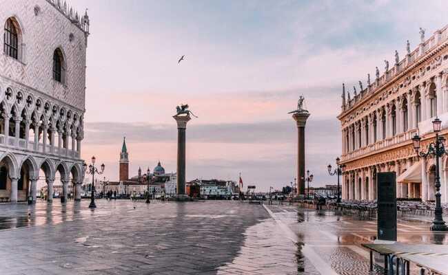 quảng trường san marco vào sáng sớm