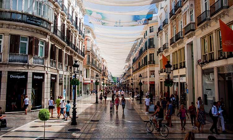 Khu phố Calle Marqués de Larios
