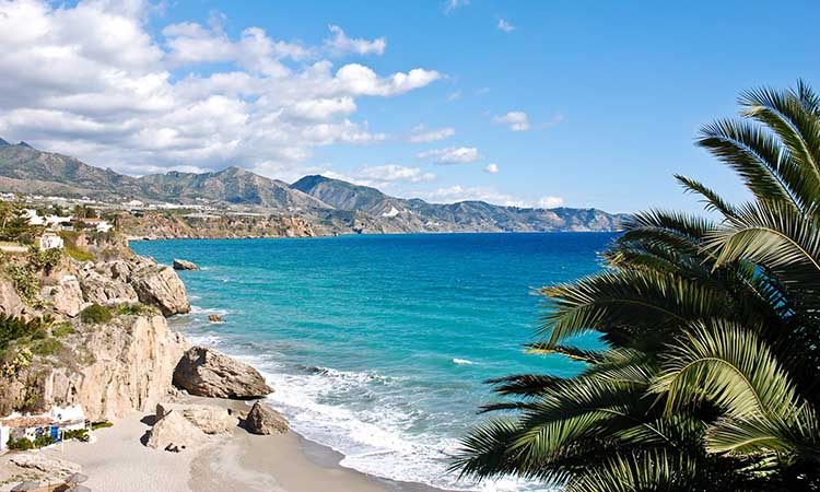 bờ biển Costa del Sol tráng lệ