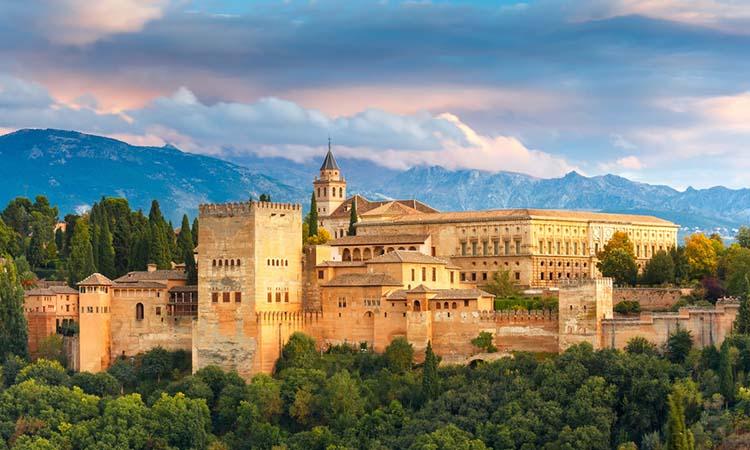 Cung điện Alhambra