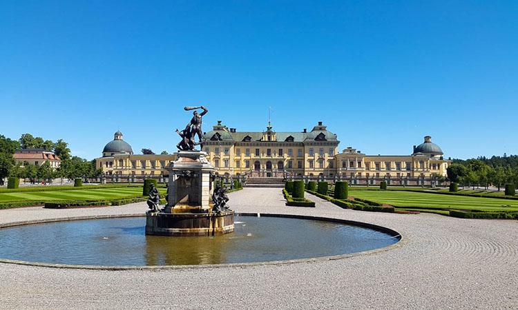 Kiến trúc cung điện Drottningholm