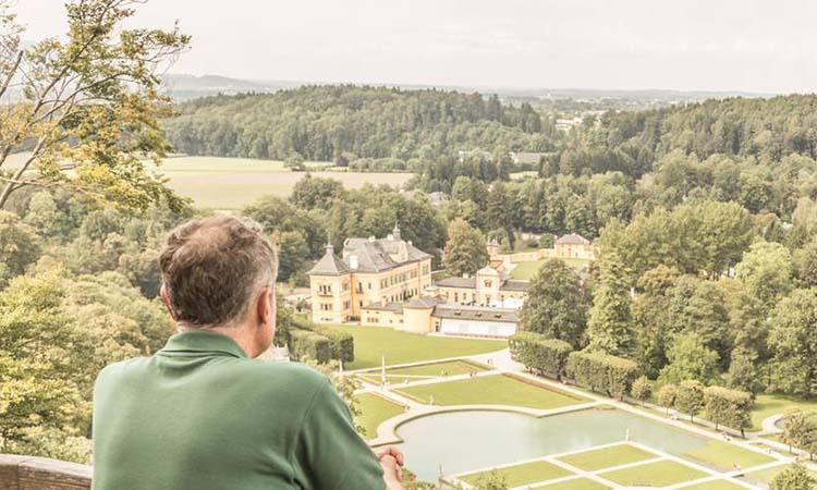 Cung điện Hellbrunn nhìn từ trên cao
