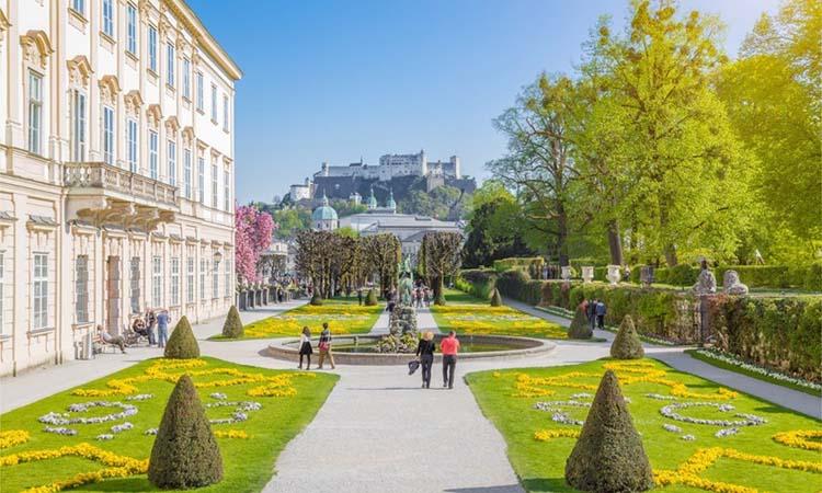 Cung điện Mirabell