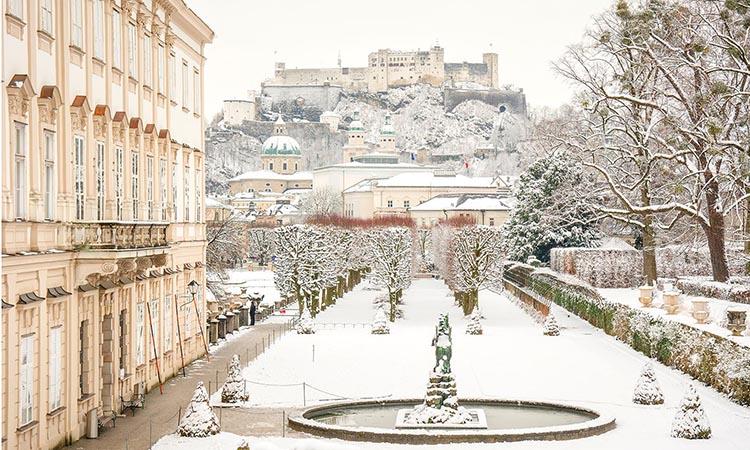 Cung điện Mirabell vào mùa đông