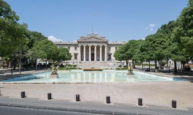 Cung điện Palais de Justice