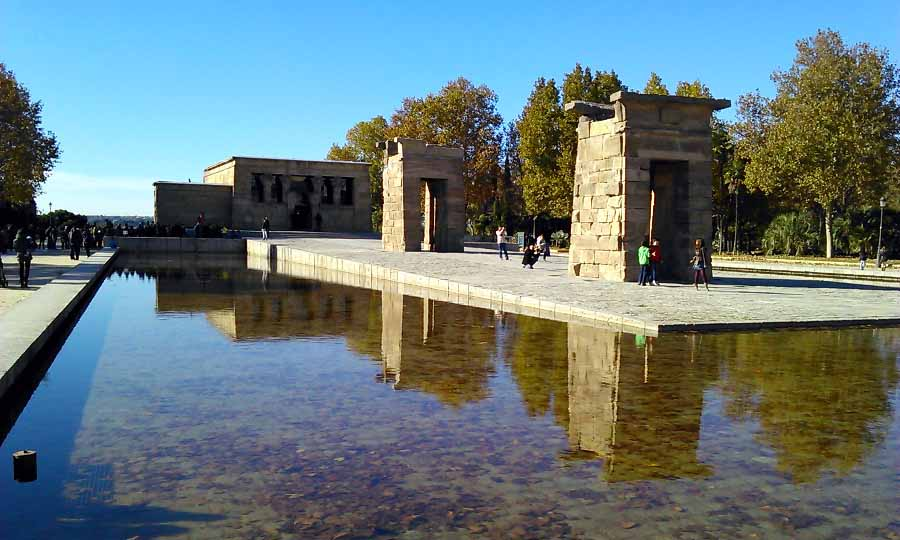 Đền thờ Temple of Debod