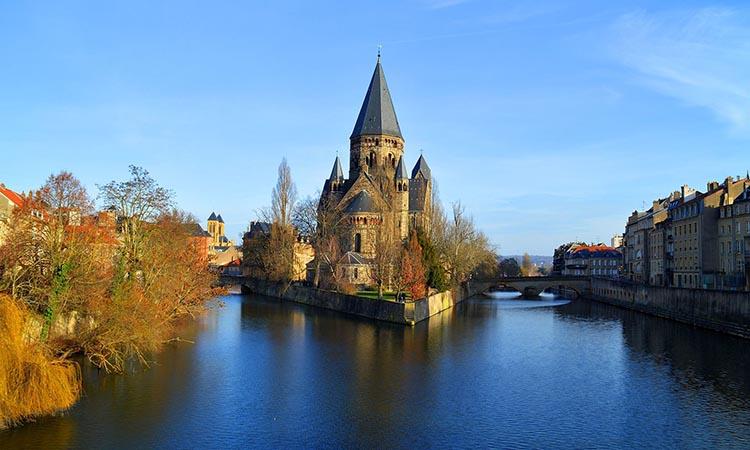 Nhà thờ Temple Neuf