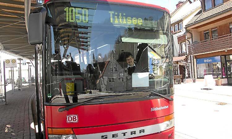 Xe buýt tới hồ Titisee
