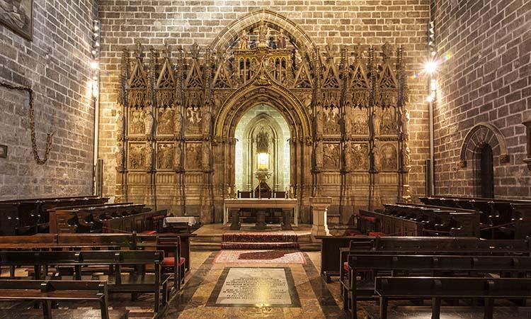Chén thánh trong nhà thờ Valencia