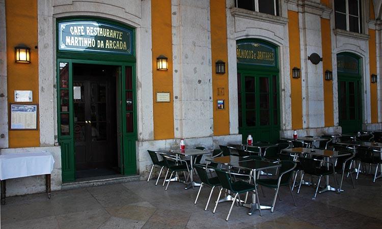 Quán cafe Martinho da Arcada