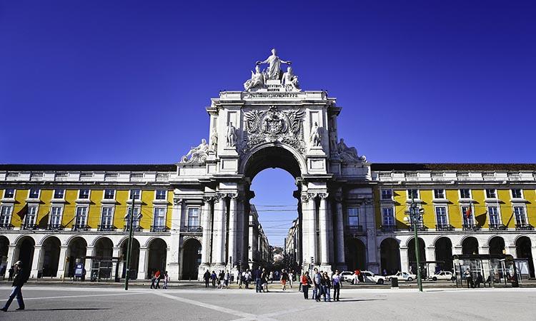 Quảng trường trung tâm Praca do Comercio