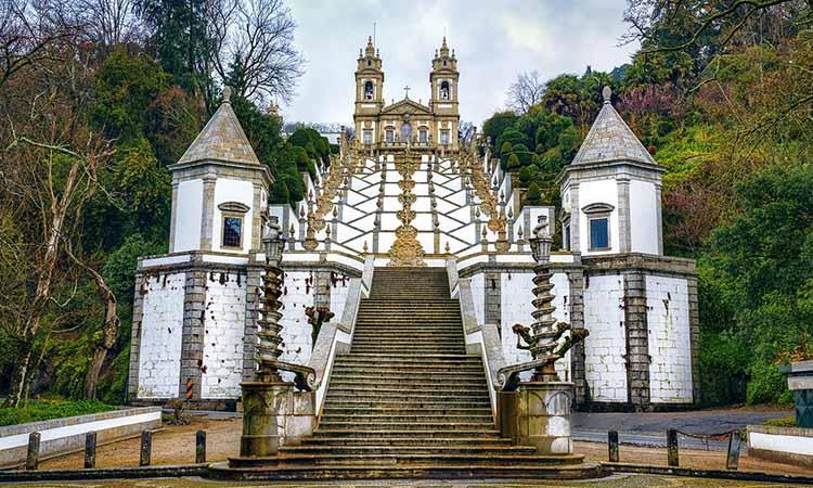 Lịch sử của thánh địa Bom Jesus do Monte
