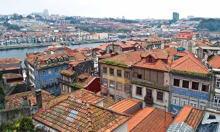 Vẻ đẹp cổ kính của khu phố Ribeira