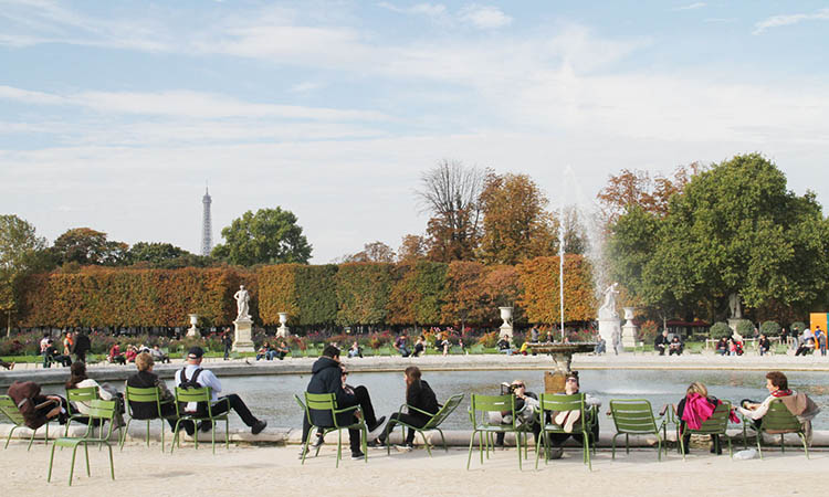 Nghỉ chân tại Tuileries