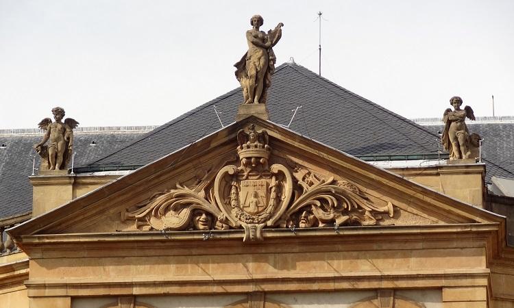 Chi tiết kiến trúc nhà hát