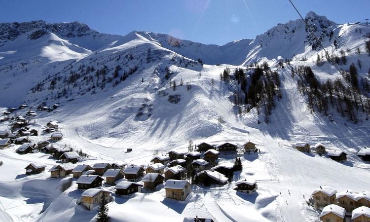 Tuyết phủ trắng mùa đông Vaduz