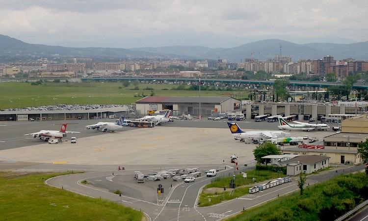 Sân bay Arrezo